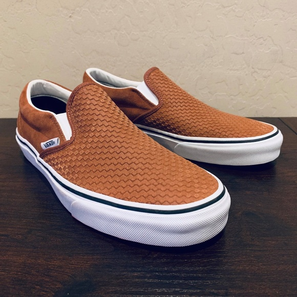 6a0a8329d9 Vans Classic Slip-On Embossed Suede Skate Sequoia
